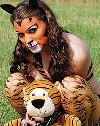 Devon The Sexy Tiger - Picture 1
