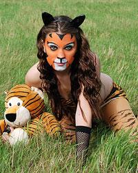 Devon The Sexy Tiger - Picture 8
